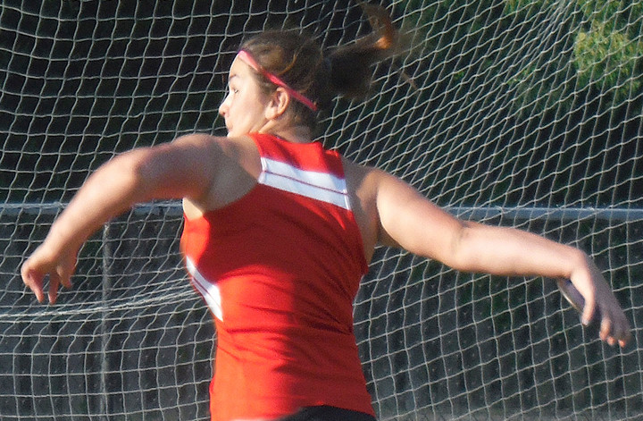 Alivia Busch of Spanish Fort won the Class 6A state discus championship for the Toros