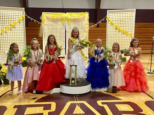 Winners of Queens Court, from left, Emma Kate Pavlista, Portia Hollis, Caroline Taylor, Little Miss Honeybee Addison Elizabeth Kucera, Emme Kate Lynn, Railey Black and Addison Lyles.