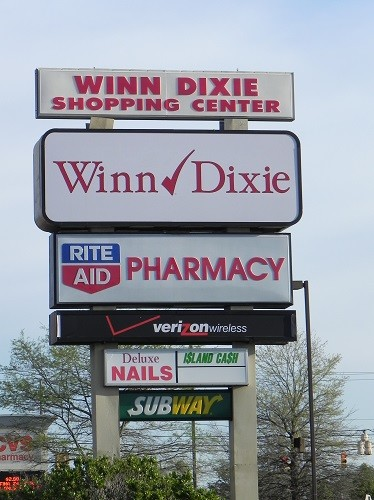 e8cbae181a This sign in Robertsdale will soon change with the closing of Winn Dixie  and the changing