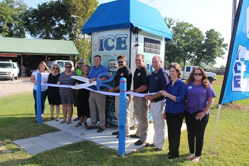 The Central Baldwin Chamber of Commerce hosted a ribbon cutting on Thursday, Aug. 8 at Big Blue Ice, located next to the Loxley Farm Market in Loxley. Owners Lex and Lisa Joines welcomed Chamber and Loxley officials to the event.