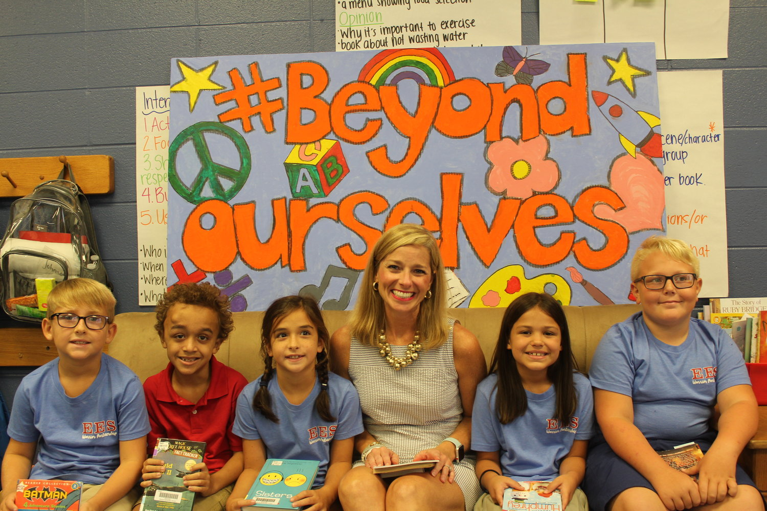 Principal Jenny Breazeale is spreading a positive message to Elberta Elementary students and staff through the #BeyondOurselves initiative.