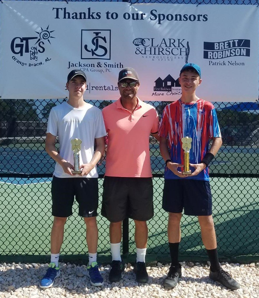 Boys 16 - Finalist Edward Ladd of Mobile and Winner Tyler Hymel of Navarre, Fla.