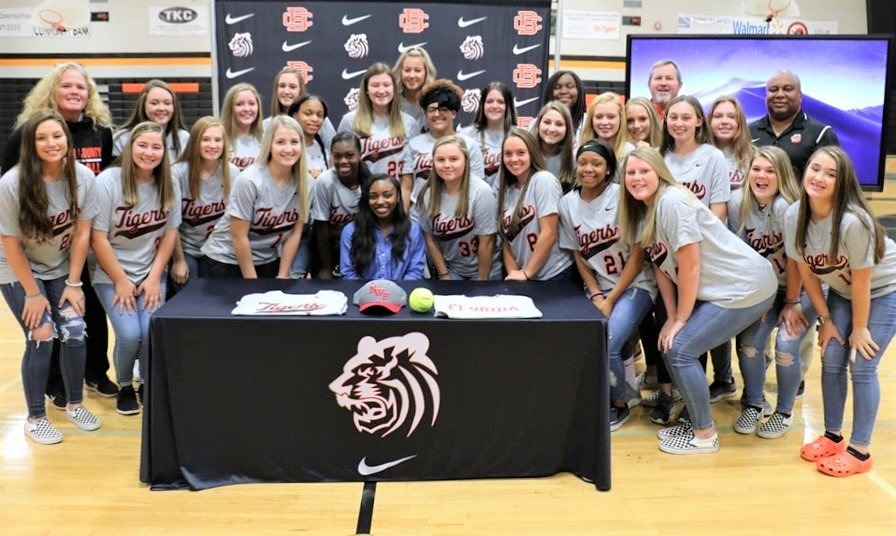 Bailey Cox signing at Baldwin County High