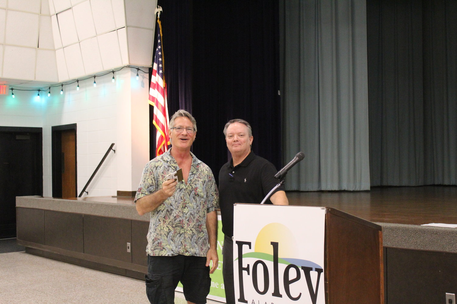Foley Library Patron of the Year Les Lyden and Library Director John Jackson.