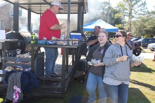 Volunteers with the Loxley Fire Department cooked up hamburgers and hotdogs.