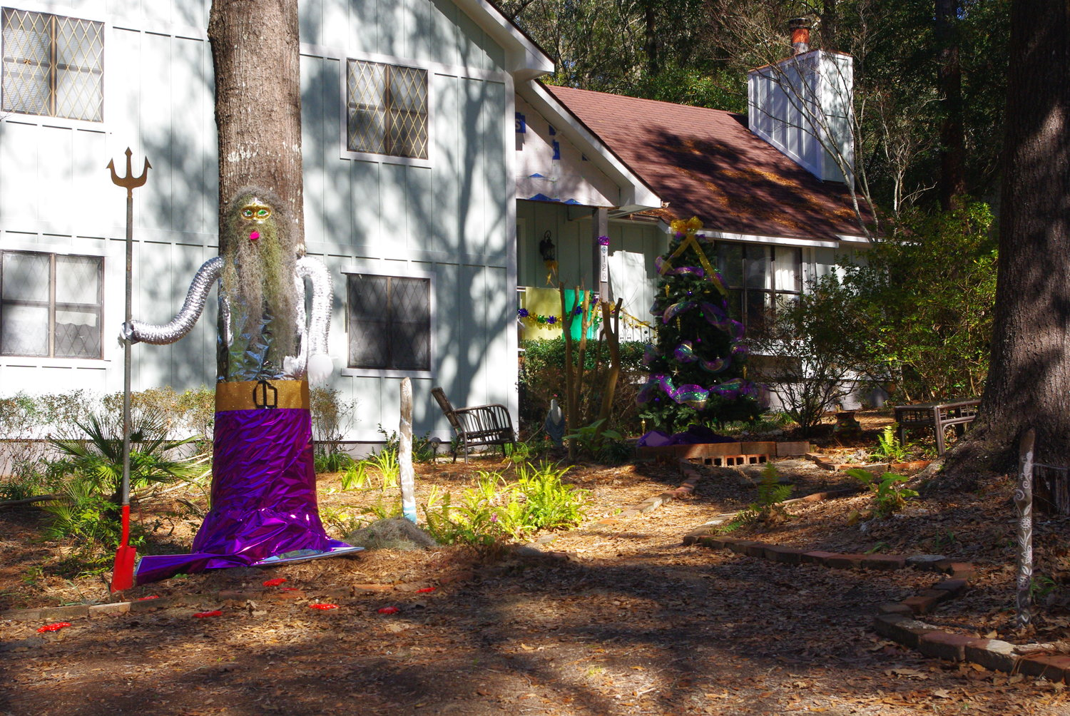 Mardi Gras decorations on the Eastern Shore.
