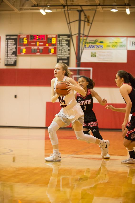 Jessie McCracken is one of two seniors on the Vista Ridge girls basketball team this season.