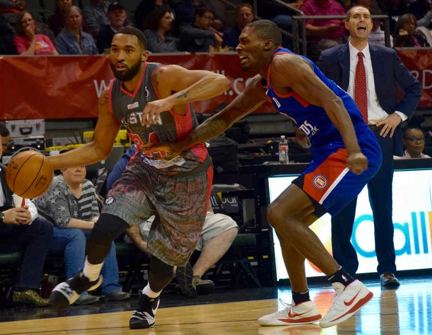 Darrun Hilliard has played in 21 games for the Austin Spurs this season and is the leading scorer with 21.5 points per game.