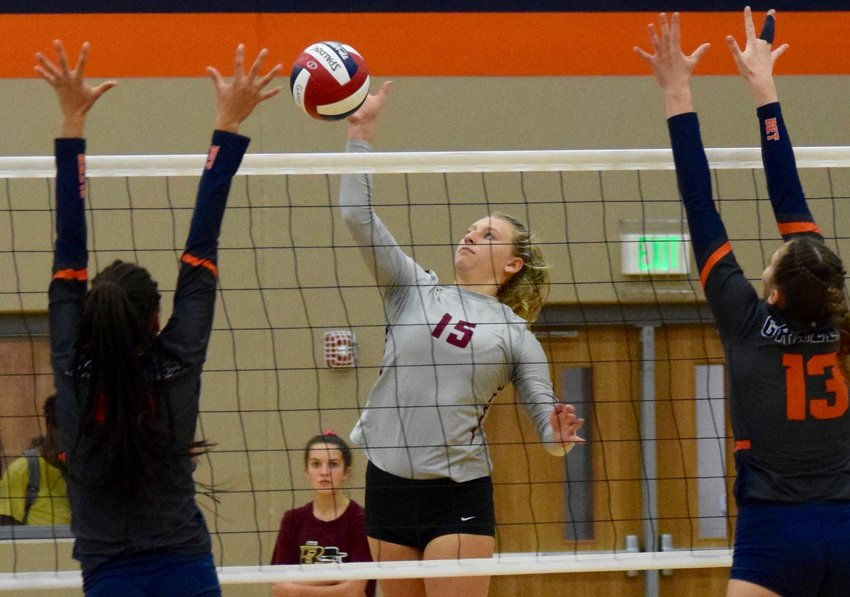 Madeline Rose and Rouse swept Glenn 3-0 (25-11, 25-10, 25-19) to stay undefeated in district play and push their winning streak to 10 games.