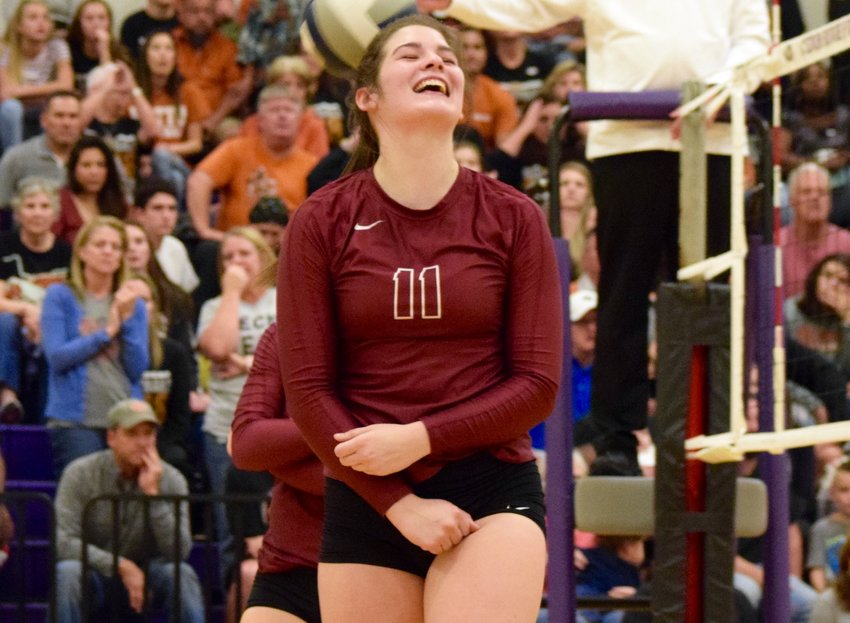 MacKenzie Huntley and Rouse swept Hutto 3-0 (25-17, 25-18, 25-21) Tuesday night to advance to the regional semifinals for the third year in a row.