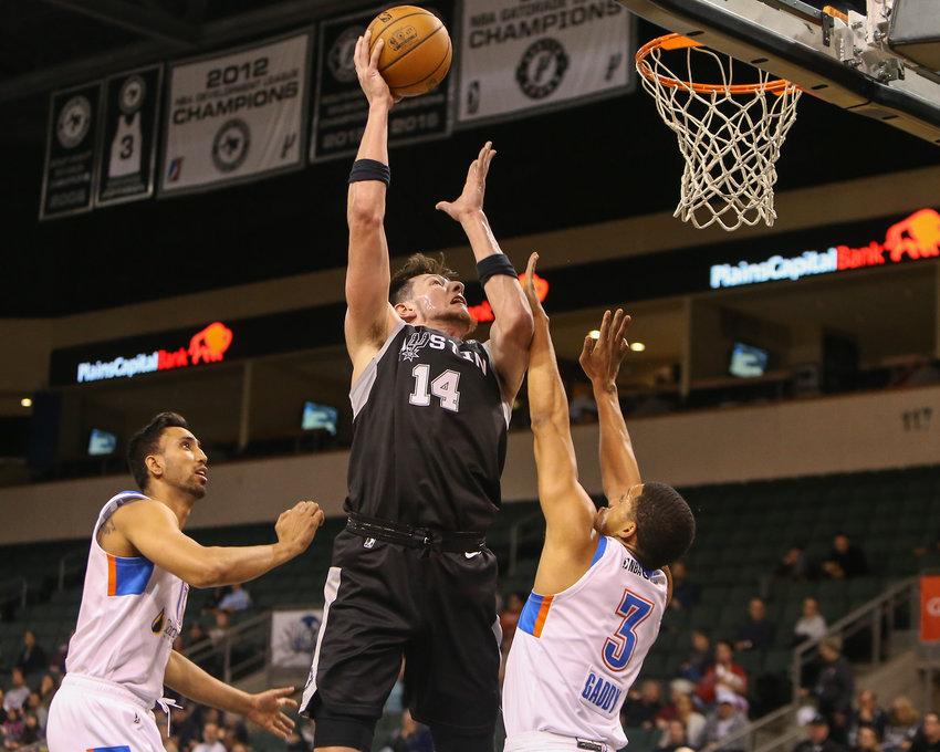 Austin Spurs forward Drew Eubanks (14) goes to the basket during the first half of an NBA G-League basketball game between Austin and Oklahoma City at H-E-B Center on Sunday, Nov. 18, 2018 in Cedar Park, TX.
