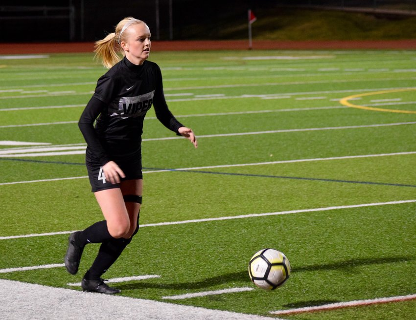 Vandegrift and senior Olivia Smedes tied Round Rock 0-0 at home on Friday night. The Lady Vipers are ranked No. 10 by the Texas Girls' Coaches Association poll and No. 11 in the Top Drawer Soccer state poll released Monday.