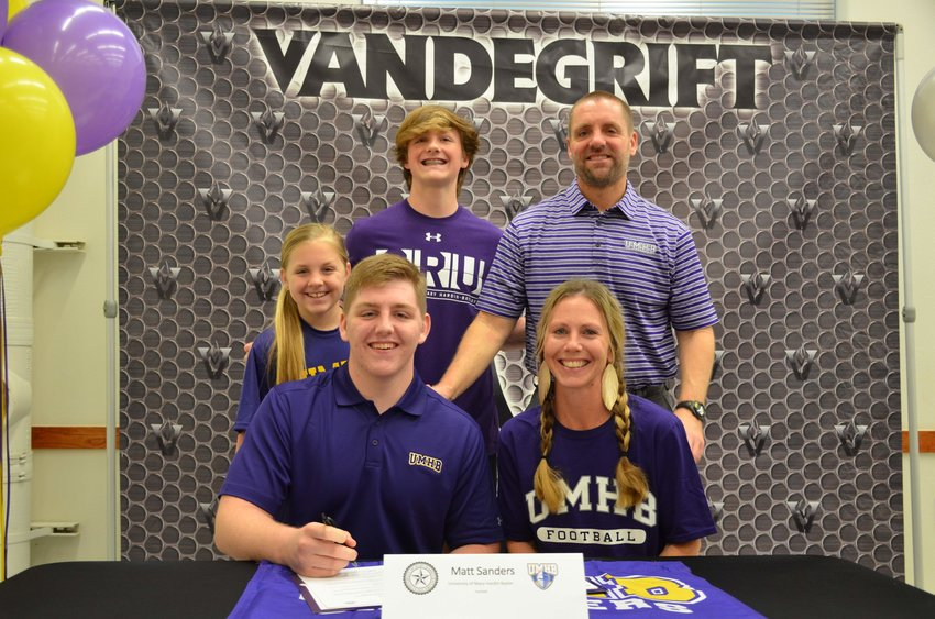 Vandegrift offensive lineman Matt Sanders signed to play football at Mary Hardin-Baylor last Wednesday morning.