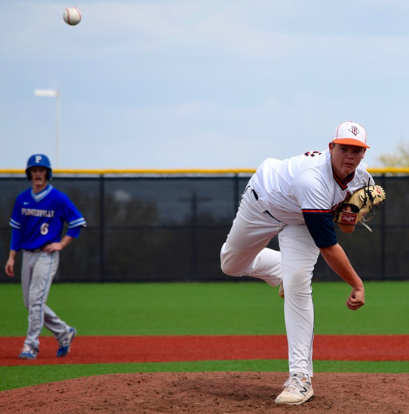Tucker Mavis and Glenn beat Pflugerville 6-4 in a mid-week Spring Break action. The Grizzlies are 1-3 in District 17-5A play so far this season.