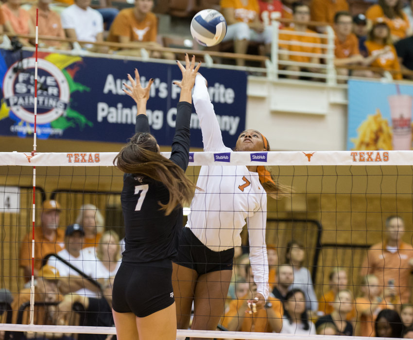 Texas Longhorns setter ASJIA O'NEAL (7) during an NCAA volleyball game between Texas and Texas A&M at Gregory Gymnasium in Austin, Texas, on September 20, 2019.
