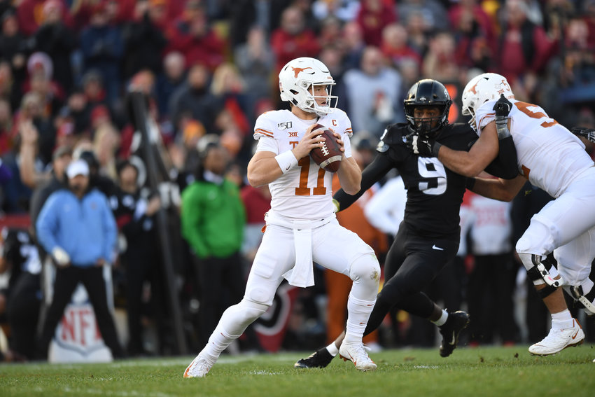 Sam Ehlinger and Texas will face off with No. 11 Utah in the Alamo Bowl in San Antonio on Dec. 31.