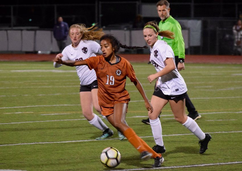 Deepti Choudhury scored a goal and Westwood beat Round Rock 2-0 at home on Tuesday night to push their winning streak to six straight games.