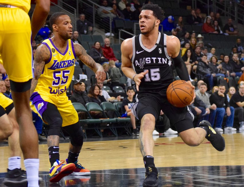 Quinndary Weatherspoon was the top scorer with 28 points, and the Austin Spurs rallied in the second half to beat the South Bay Lakers 128-124 on Thursday.