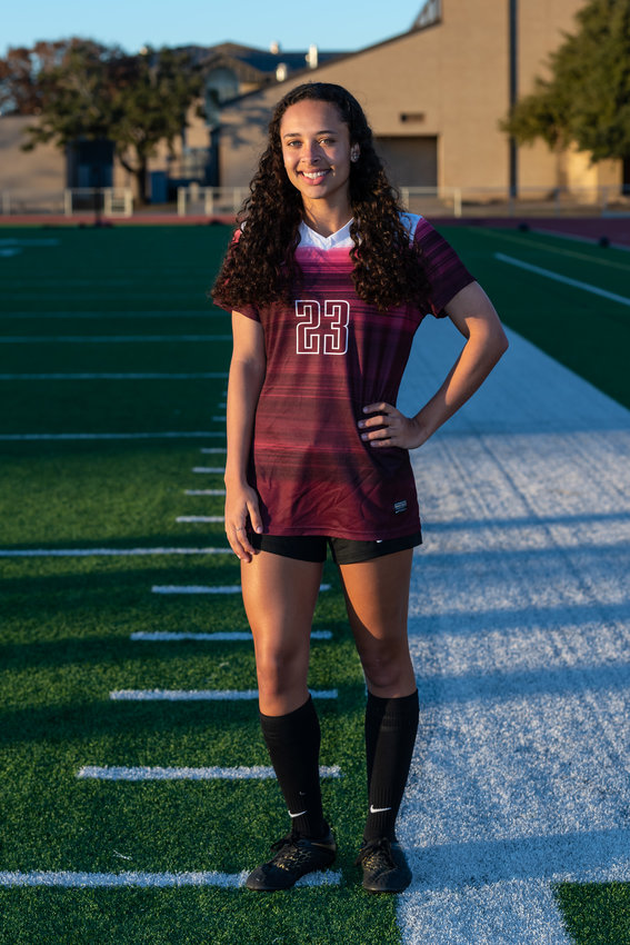 Round Rock senior Kalen Murphy is deciding between attending Michigan State and LSU to continue her academic career and plans to study geology.