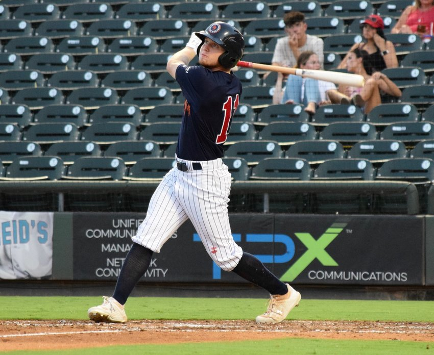 River Town and the Round Rock Hairy Men closed out a sweep of the Brazos Valley Bombers with a 3-2 win on Thursday night to move into the top spot in the TCL South Division.