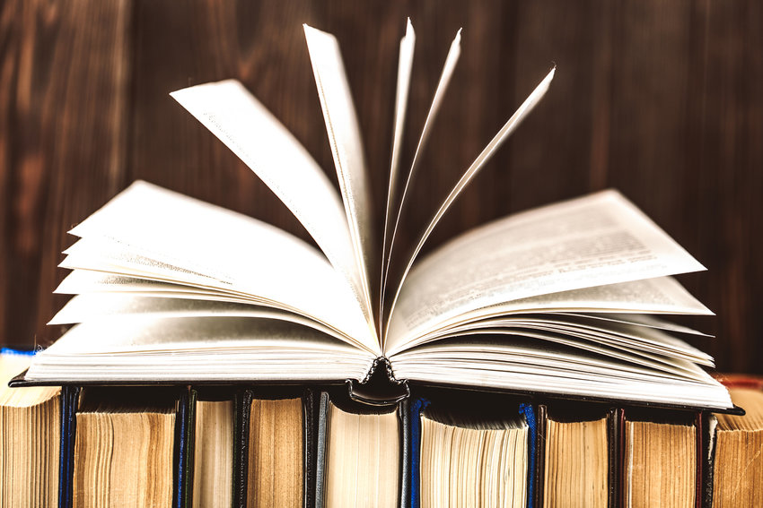 So many books. Where to start? (Dreamstime/TNS)