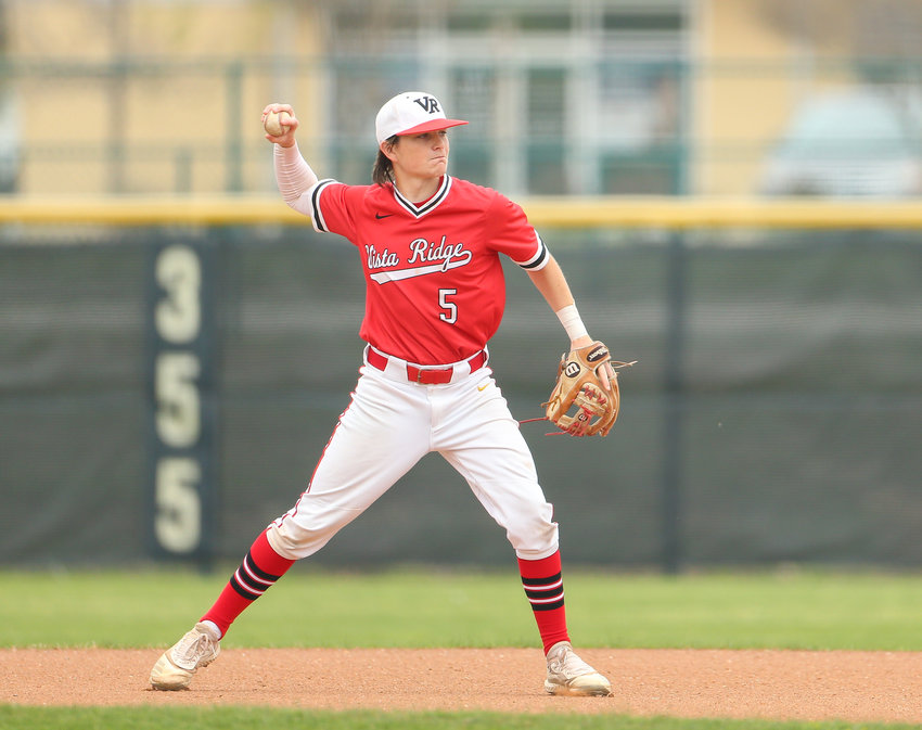 Vista Ridge Rangers Cody Conkle (5) throws back to first base during a high school baseball game between Vista Ridge and Elgin on March 27, 2021 in Cedar Park, Texas.