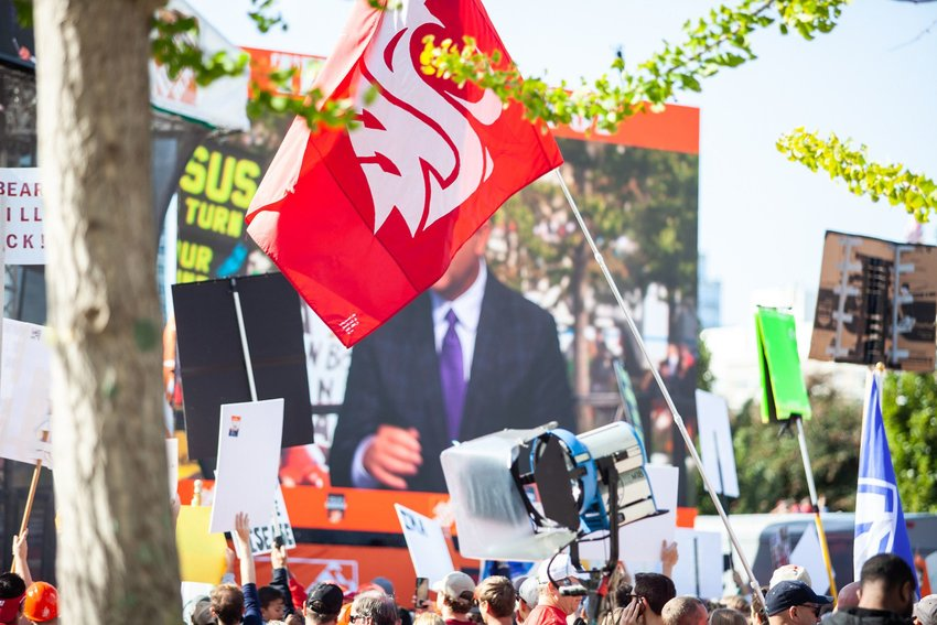 """A Washington State Cougars flag flies at the ESPN """"College Gameday"""" set."""