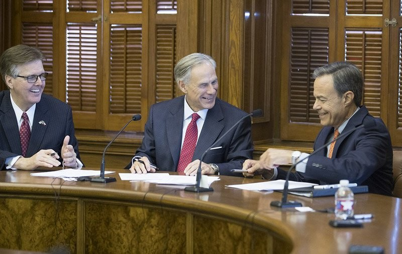 The three leaders of Texas appear jovial at a short meeting of the Cash Management Committee on July 18, 2017, as they face a potentially contentious 30-day special session of the 85th Legislature.