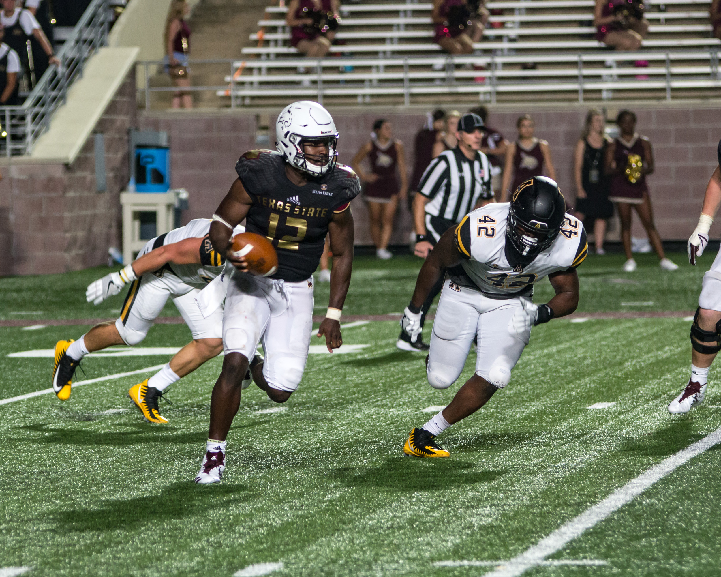 Damian Williams threw for 260 yards and a touchdowns and ran for another 46 yards in Texas State's 20-13 loss to Appalachian State Saturday night.