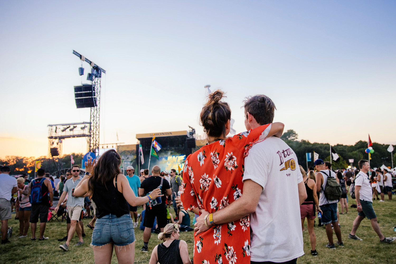 A couple embraces during Austin City Limits Weekend One, Sunday, Oct. 8.