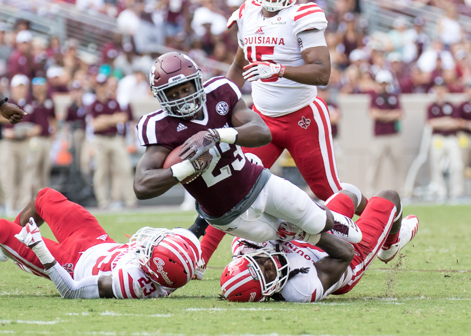 Mississippi State stuns Texas A&M at home, 35=14