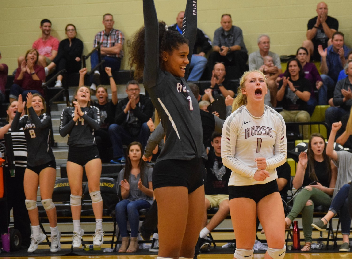 Rouse swept College Station 3-0 (20-16, 25-20, 25-17) Thursday night at Giddings High School to advance to the regional quarterfinals.