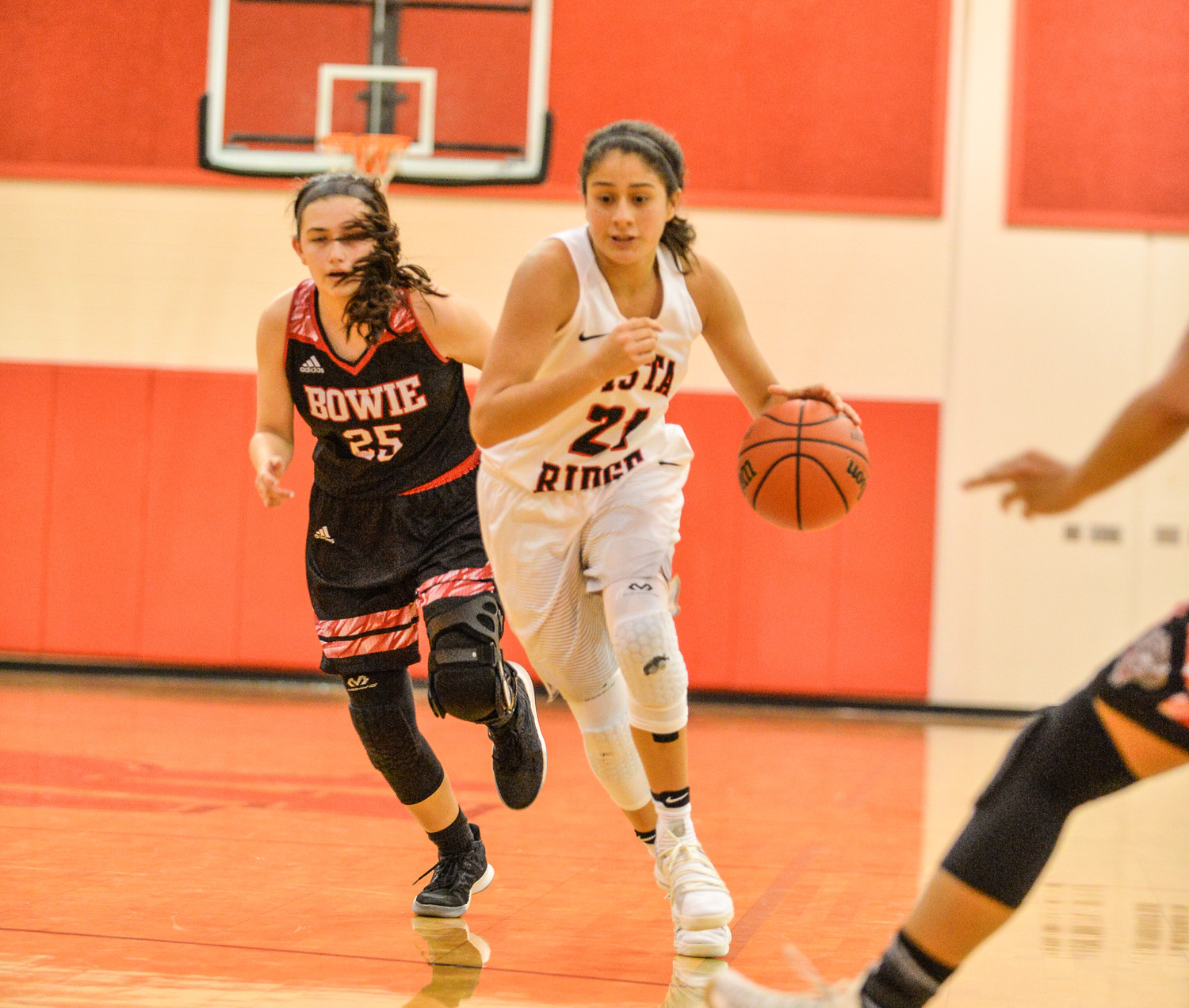 Victoria Baker scored a team-high 18 points and Vista Ridge beat Bowie 68-60 on Tuesday night.