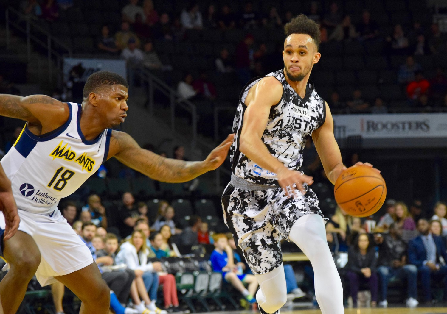 Derrick White' 17.7 points per game average rank second amongst players that have seen the G-League court at least 15 times this season.