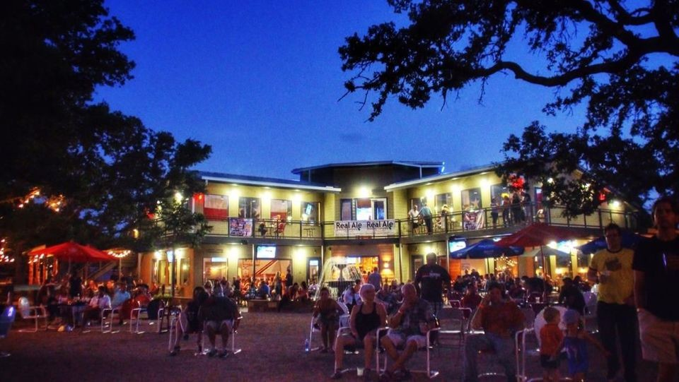 Cedar Park's updated noise ordinance will make it more difficult for establishments like Lone Star Grille to comply with the mandated regulations.