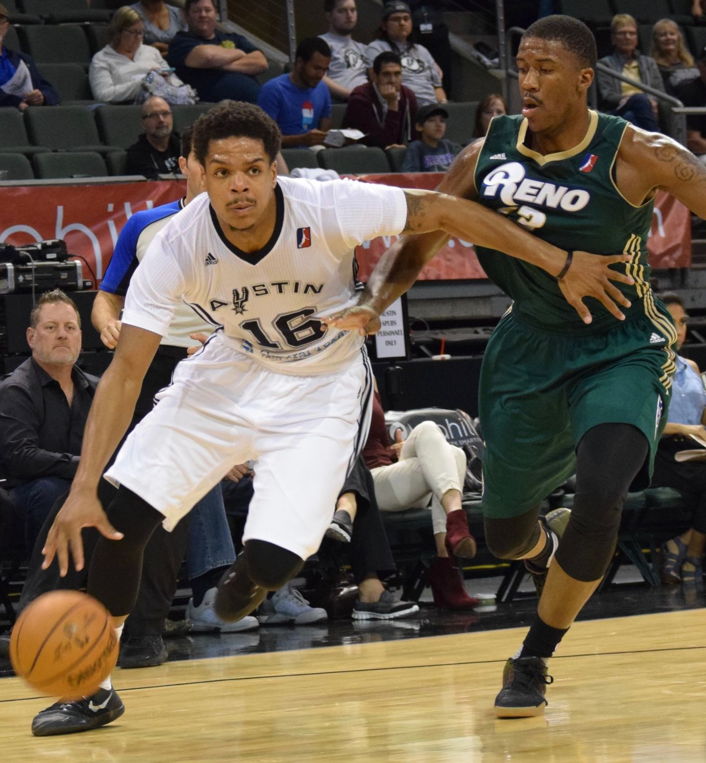 Jarell Eddie scored 18 points with five rebounds in the Spurs' 89-88 loss on the road against the Oklahoma City Blue on Tuesday.