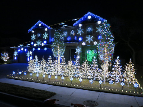 john storm and his family spend weeks programming installing and testing more than 25000 lights