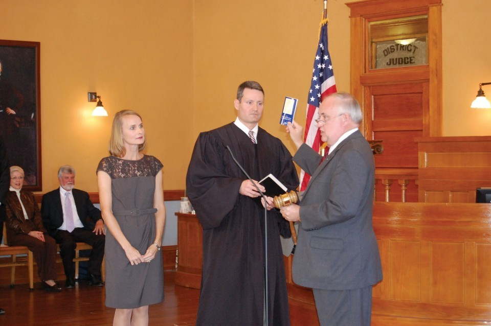 Elected county officials take oath of office in Wilco | Hill Country