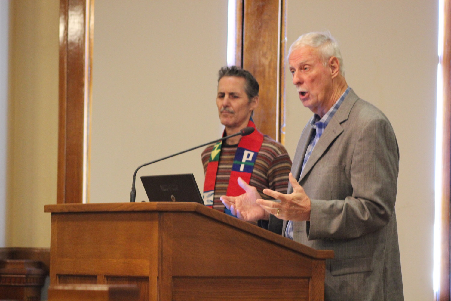(right) Lou Snead, a retired Presbyterian minister and a leader of Courageous Conversations, proposes to the Williamson County Commissioners to apply to the Texas Historical Commission to create a historical context plaque to the County Courthouse's Confederate Soldier statue.