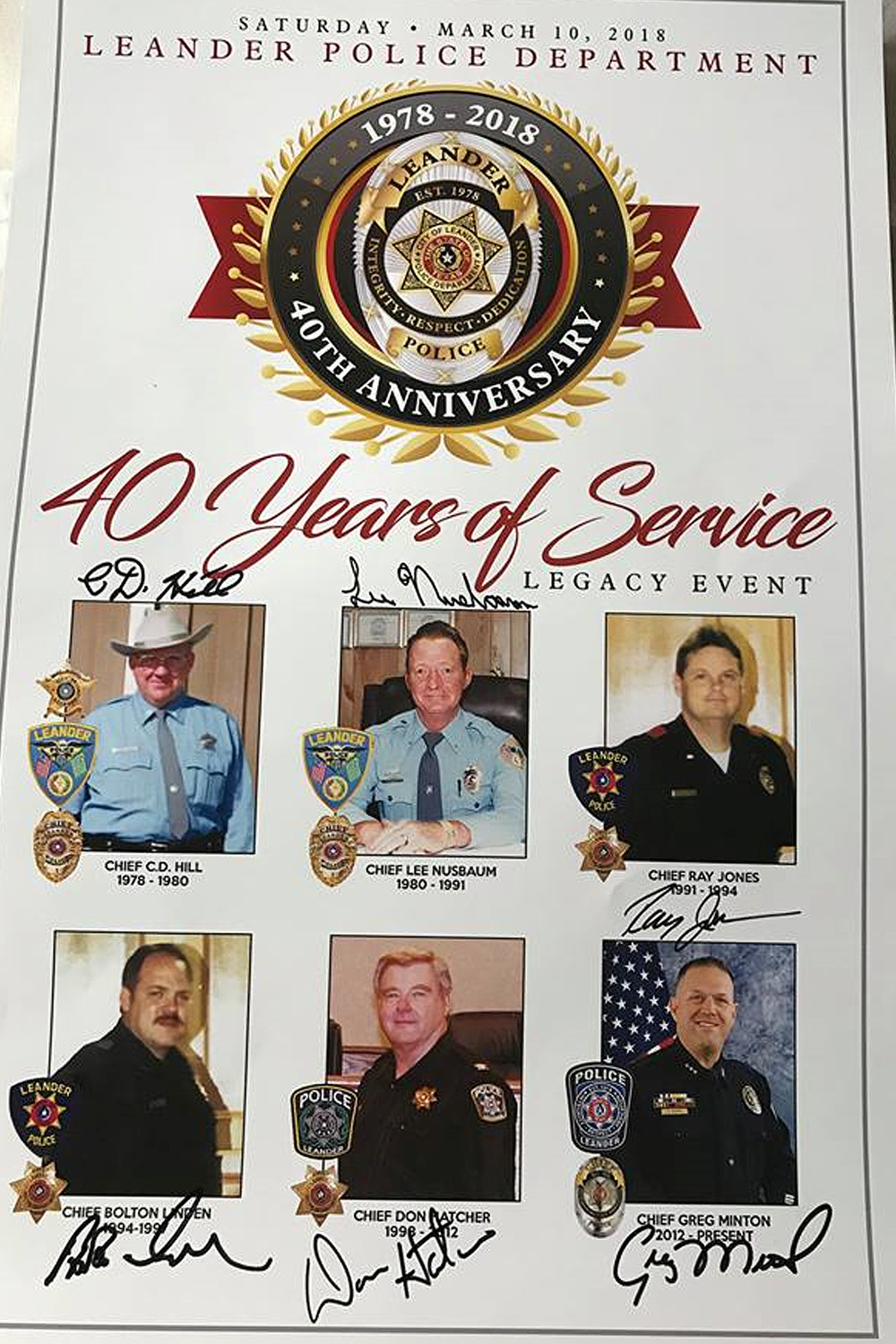 Guests received a commemorative poster with signatures of all Chiefs.