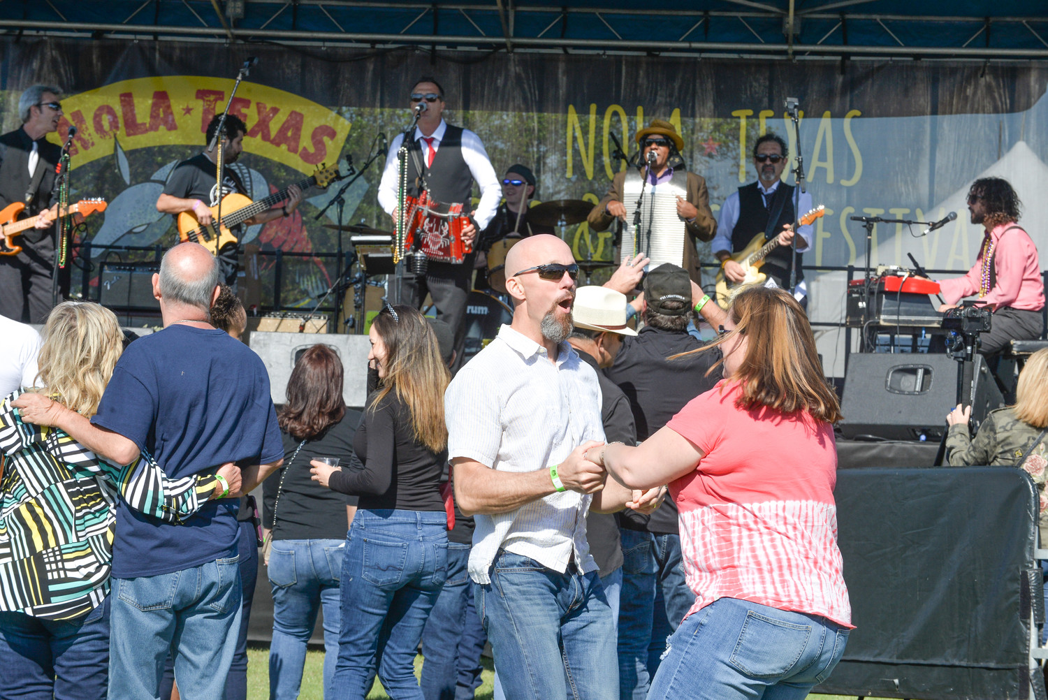 Plenty of sunshine greeted revelers who came to the H-E-B Center on Sunday, April 8th to enjoy a taste of New Orleans with  live Zydeco music, dancing, and plenty of Cajun fare.