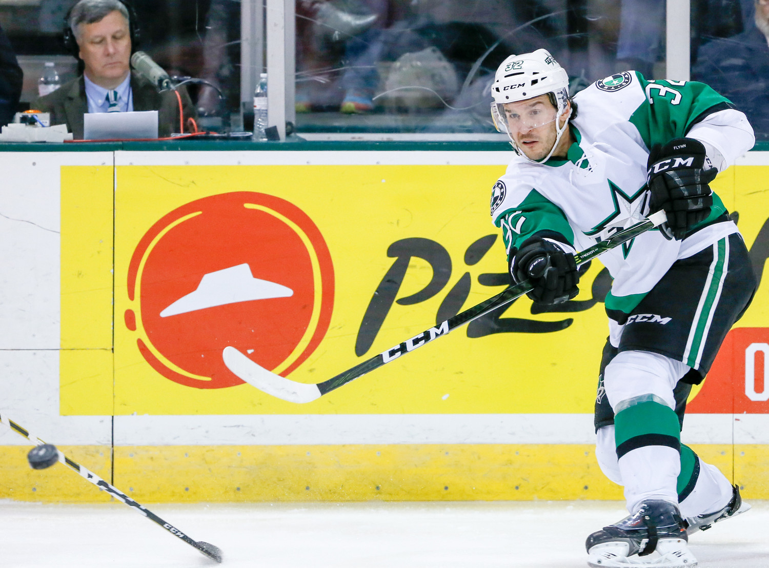 Stars forward Brian Flynn scored late in the third period to send the game to overtime, but Texas lost to the Tucson Roadrunners 2-1 in overtime in Game 1 of the Pacific Division Finals Wednesday night.