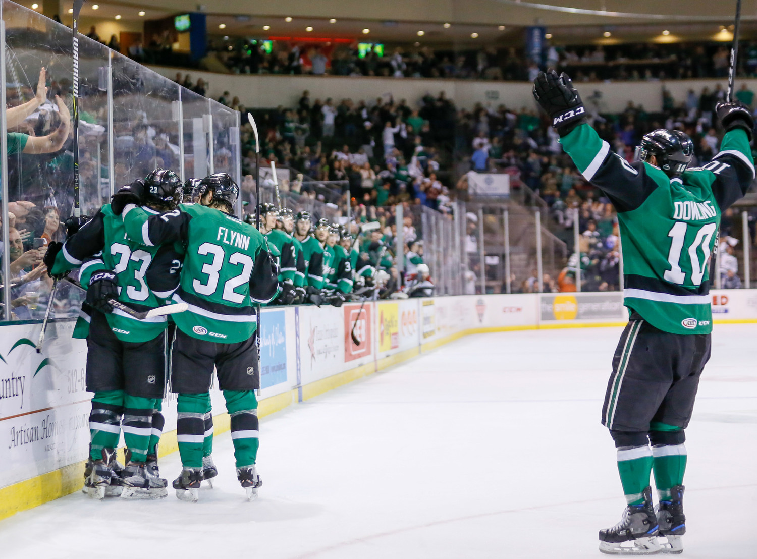 The Texas Stars beat the Tucson Roadrunners 3-2 in overtime on Friday night to win the series 4-1 and advance to the Western Conference Finals for the third time in nine years.