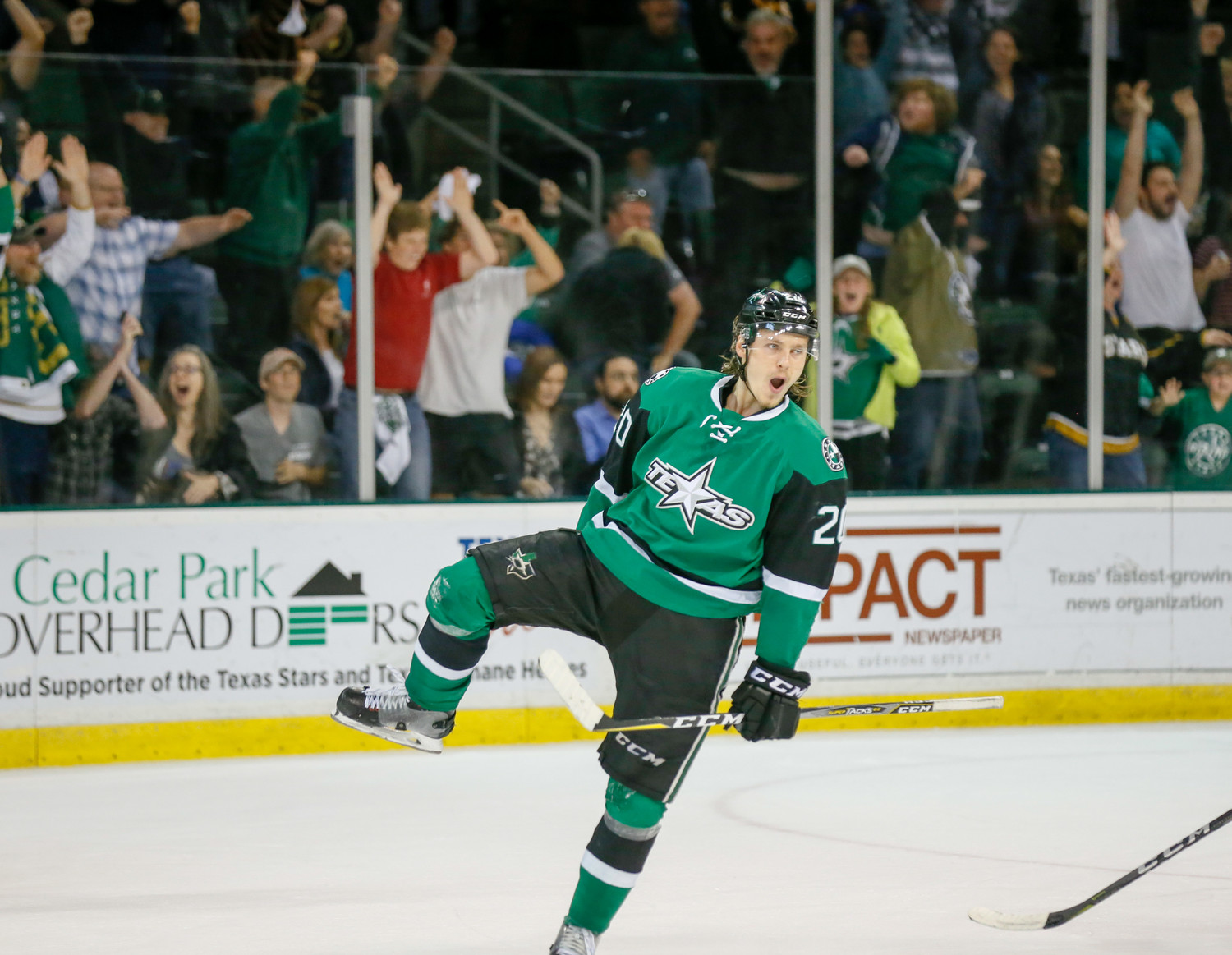 Roope Hintz scored the game-winning goal in overtime Monday night and the Stars beat the Rockford IceHogs 2-1 to win the Western Conference.