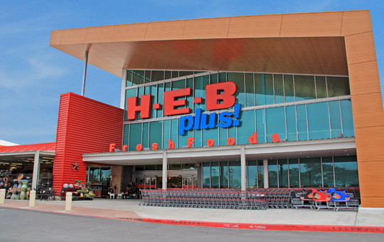 The H-E-B Plus! Lakeline store will no longer require customers to use recyclable bags after the city of Austin dropped its bag ban following a Texas Supreme Court ruling.