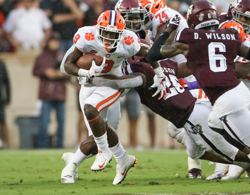 Clemson Tigers running back Travis Etienne (9) carries the ball during an NCAA football game between Texas A&M and Clemson on Saturday, Sept 8, 2018 in College Station, Texas.