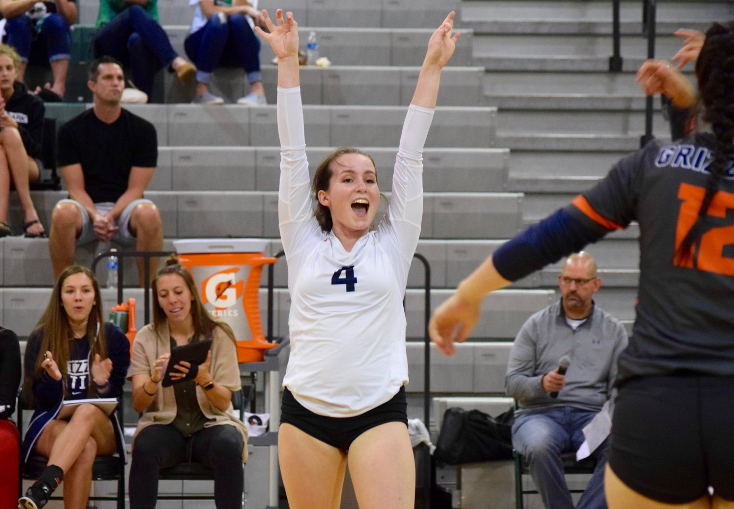 Olivia Langdon and Glenn were? swept by Cedar Park (25-16, 25-10, 25-14) Tuesday night in the first game of the second round of district play.