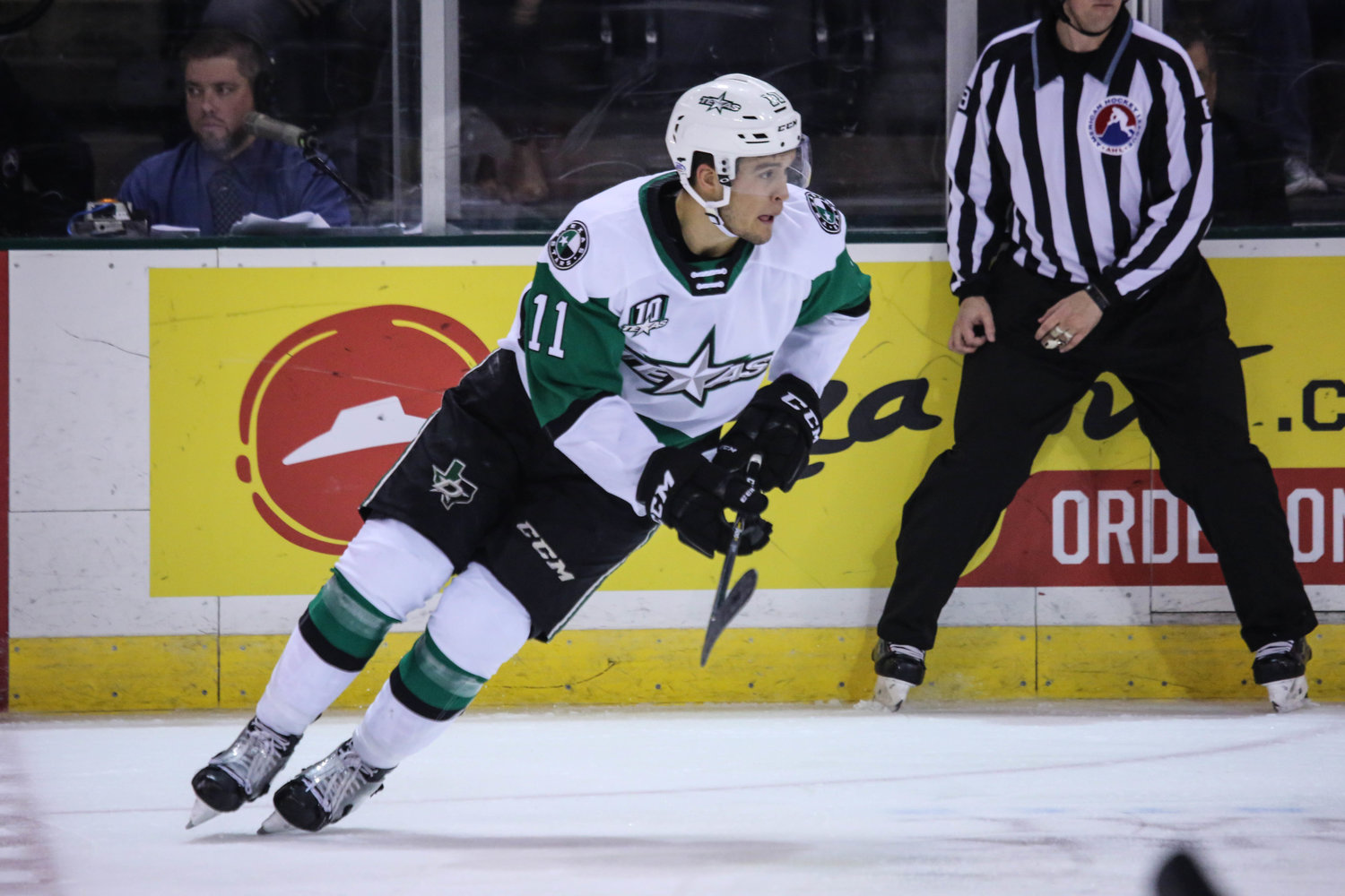 Joel L'Esperance scored two goals and the Texas Stars swept the Iowa Wild in a two-game set last weekend.