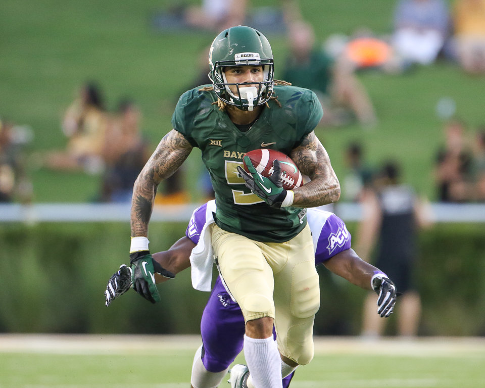 Baylor Bears wide receiver Jalen Hurd (5) carries the ball during an NCAA football game between Baylor University and Abilene Christian University on Saturday, Sept 1, 2018 in Waco, Texas.