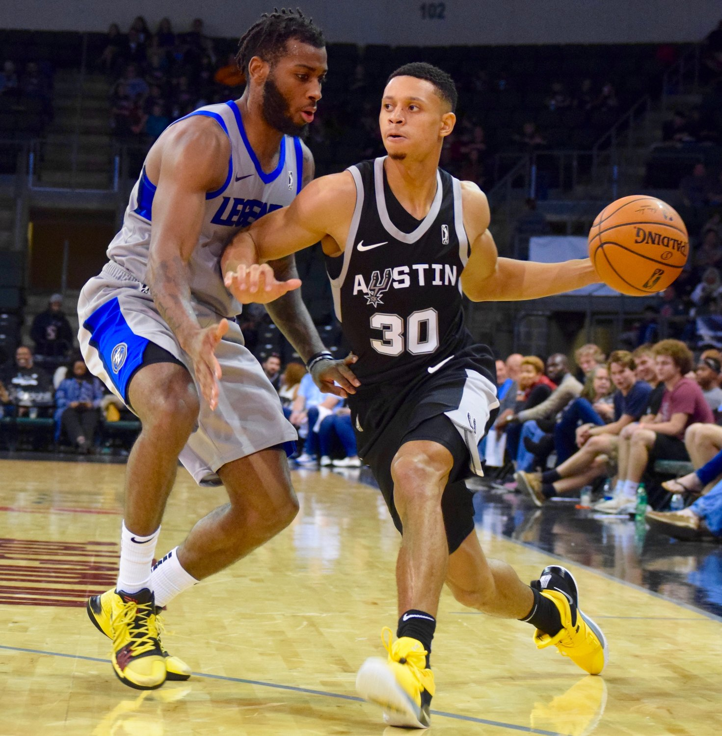 Jordan Green scored four points as the Austin Spurs lost to the Texas Legends 126-120 on Saturday night.